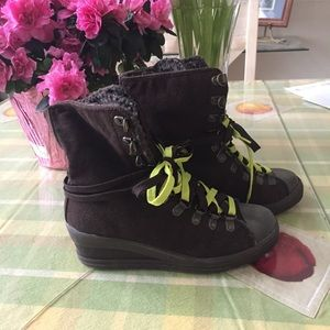Shoes - NWT Brown Moto Wedge Boots from Japan